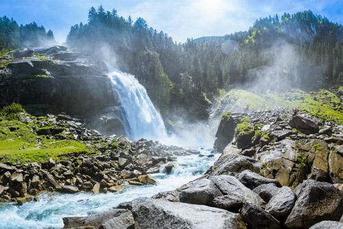 Wald & Wasser Gesundheitswanderung am Wasserfall